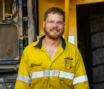 <em>Joshua Hemsworth</em> - Hired, Up-Skilled, graduated and successfully working as a Heavy Mobile Plant Technician at Komatsu Mining Corp 1